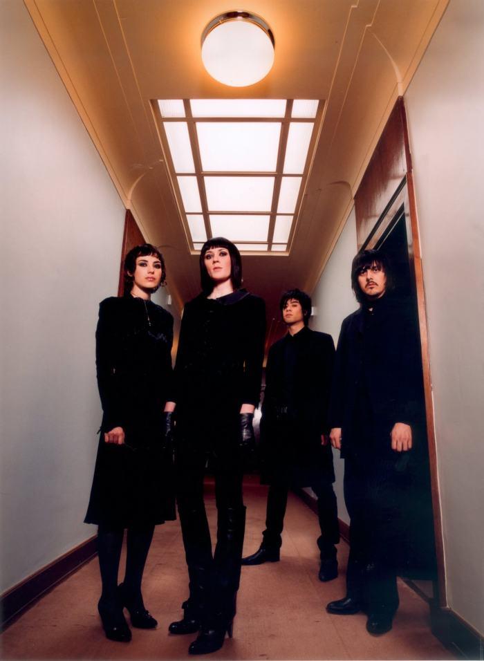 Ladytron_2005